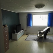 Asunto 2, 3.kerroksen iso makuuhuone (22,8m2)
