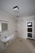 kylpyhuone sai uutta ilmettä