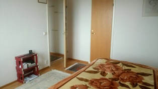 Suurin makuuhuone, jossa vaatehuone