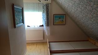 Vanhan osan yläkerran toinen makuuhuone