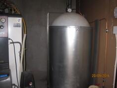 pannuhuone ja öljysäiliö 1500 litraa