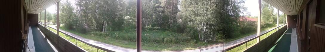 Näkymä asunnon ovelta