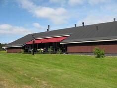 Groopin talo, aurinkoterassi länteen