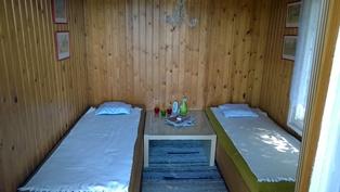 Saunan pukuhuone (2 makuupaikkaa)