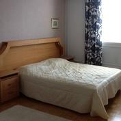 13 neliön makuuhuone