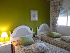 2 Makuuhuone.