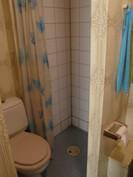 Alakerran wc + suihku