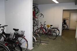 pyörävarasto on tilava