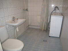 Kylpyhuone/wc.
