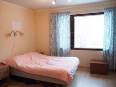 Makuuhuone 2 (ent. takkahuone)
