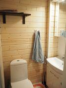 Erillinen wc (ak)