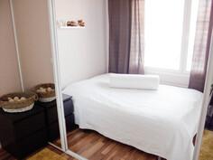 Peiliovilla jaettava makuuhuone
