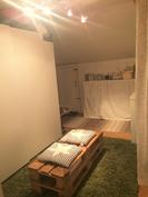 Noin 14 m2 täysin äänieristetty vaatehuone