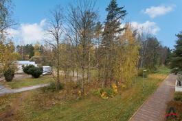 Näkymä parvekkeelta www.asuntokauppiasanna.fi