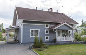 Talo Kirjailijantien puolelta, kesäkuu 2016.