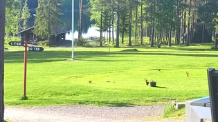 Golfkenttä vieressä