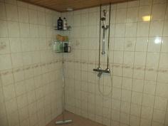 Pesuhuone (alakerta)
