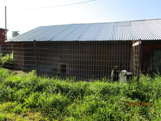 Ulkotarhoja yht. n. 240 m2 (5 kpl). Koirille tai muille eläimille.