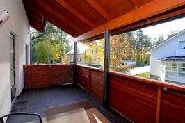 Saunaosaston parveke