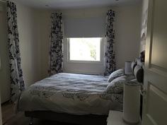 makuuhuone parivuoteella