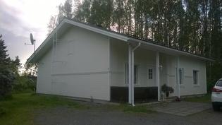 Talo etupihalta