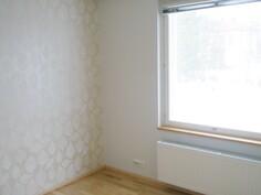 Yläkerran työ/makuuhuone