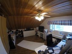 Makuuhuone 2 - yläkerta