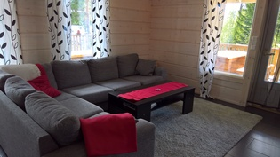 olohuoneen iso sohva