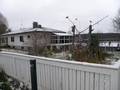 Talo kuvattu Juurilahdentieltä