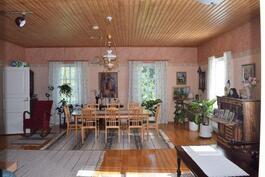 Olohuone noin 52 m2