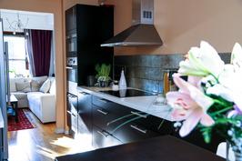 Keittiö on tämän asunnon sydän ja keskipiste. Suunniteltu rakkaudesta ruoanlaittoon <3