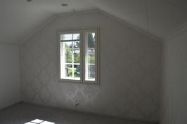 Yläkerran makuuhuone (etelä)