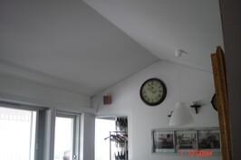 olohuoneen katto sisältä