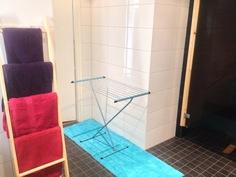 Kylppärissä/kodinhoitohuoneessa riittävästi tilaa esim. pyykkien kuivaukselle
