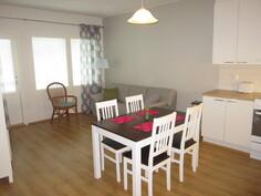 Olohuone / keittiö