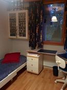 Toinen alakerran makuuhuone