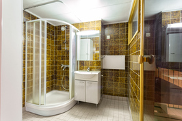 Kylpyhuone - pesuhuone
