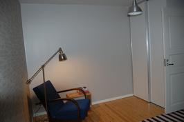 Kookkaat makuuhuoneet voi sisustaa monella tavalla.