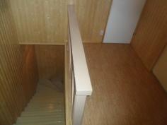 Yläkerran portaikko
