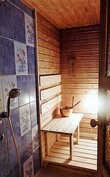 Asuinkerroksen suihku/sauna