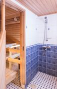 Sauna ja suihkutila 2