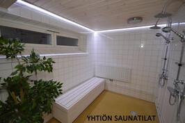 Taloyhtiöllä siistit, viihtyisät saunatilat