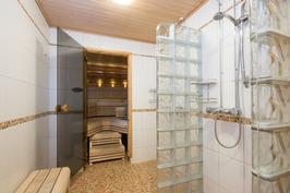 Pesutiloista saunaan