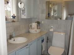 erillinen kylpyhuone