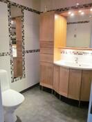 Kylpyhuone II