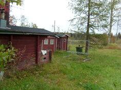 Sauna ja piharakennukset