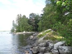 pohjoispuolen rantaa
