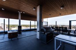 Taloyhtiön kattoterassitilaa asukkaiden käyttöön