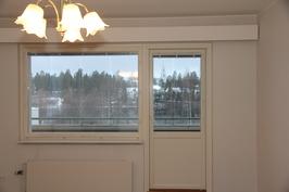 Olohuoheen ikkunanäkymä
