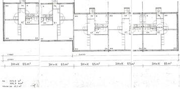 Huoneisto on pohjakuvassa vasemmassa päädyssä.